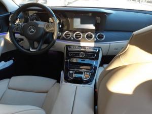 Mercedes Classe E 2017 interni anteriori